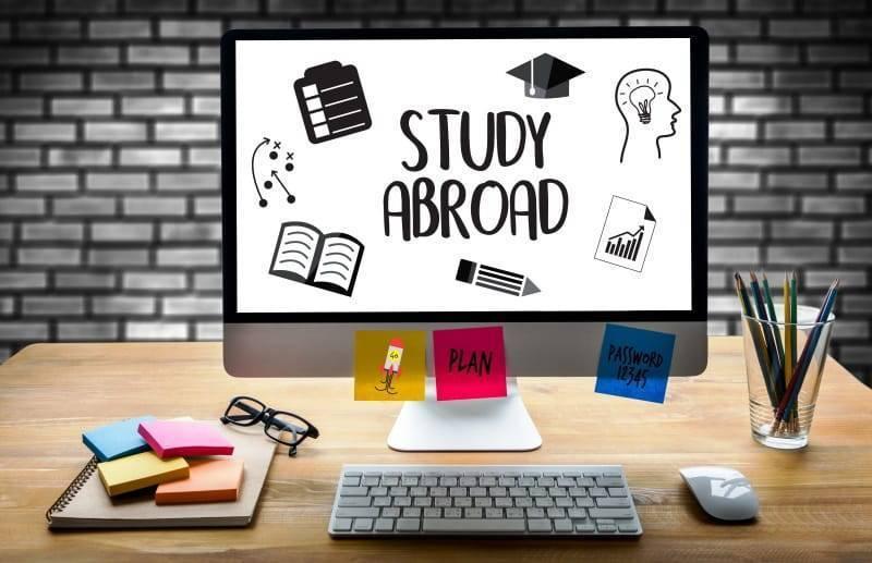 الأسئلة الشائعة عن الدراسة في الخارج